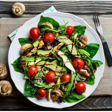 Salade épinards & poulet au balsamique